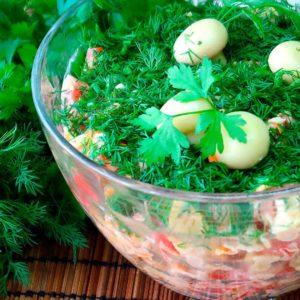 Салат с фасолью и шампиньонами